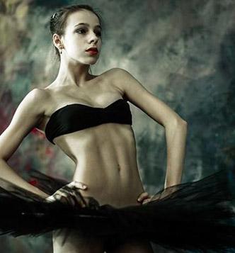 Идеи для фотосессии в студии: балерина