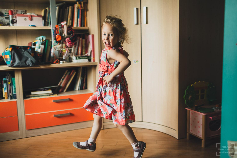 выездная детская фотосессия дома в москве фото