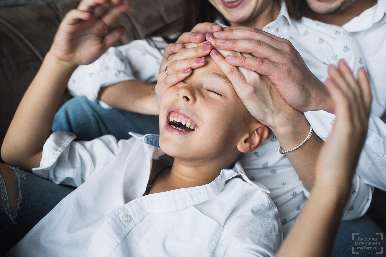 фотосессия семьи и ребенка студия
