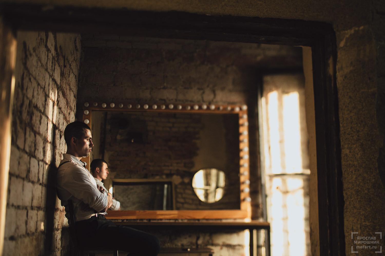 мужская фотосессия в лофт студии в москве