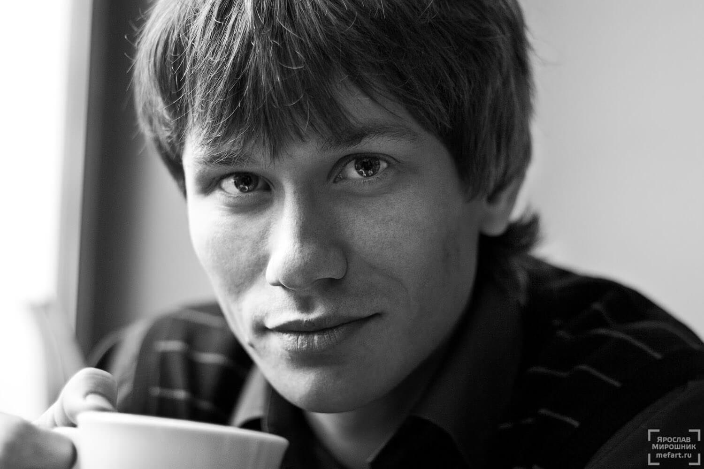 мужской черно-белый портрет