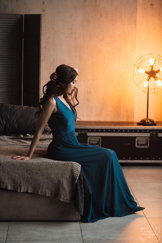 фотосессия девушки в платье в студии москва