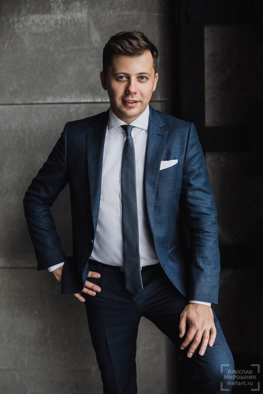 Мужской бизнес портрет руководителя IT компании